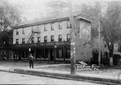 Red Lion Inn, Ardmore